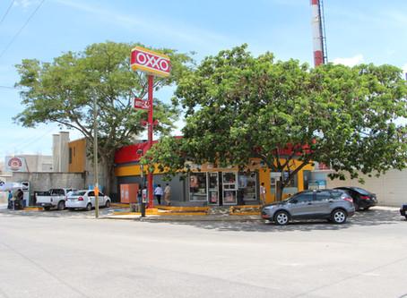 Policía frustra asalto y somete a ladrones en tienda de Tlalpan