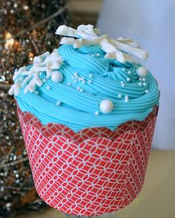 snow flake cupcake_edited