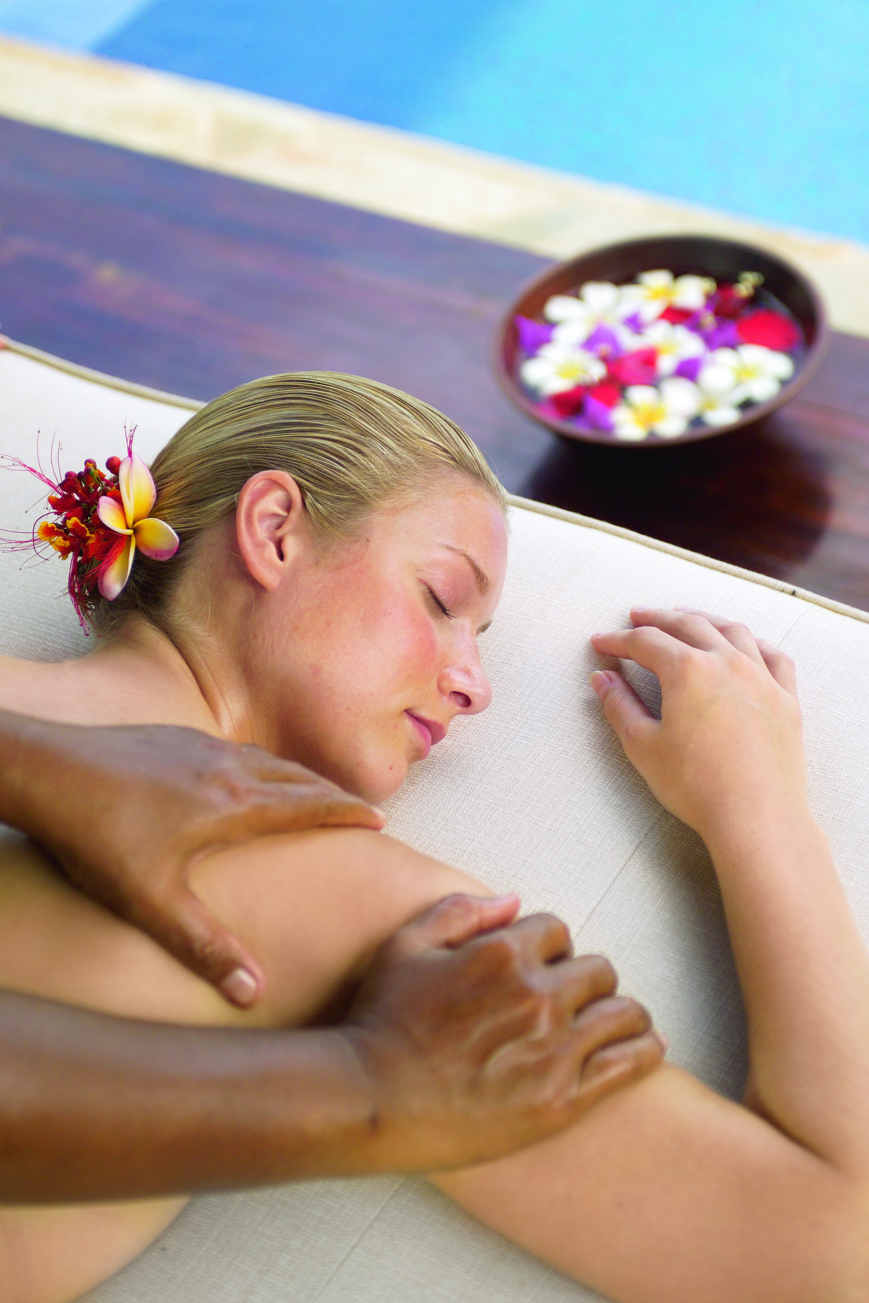 JMC spa massage C6Z99638 JW.jpg