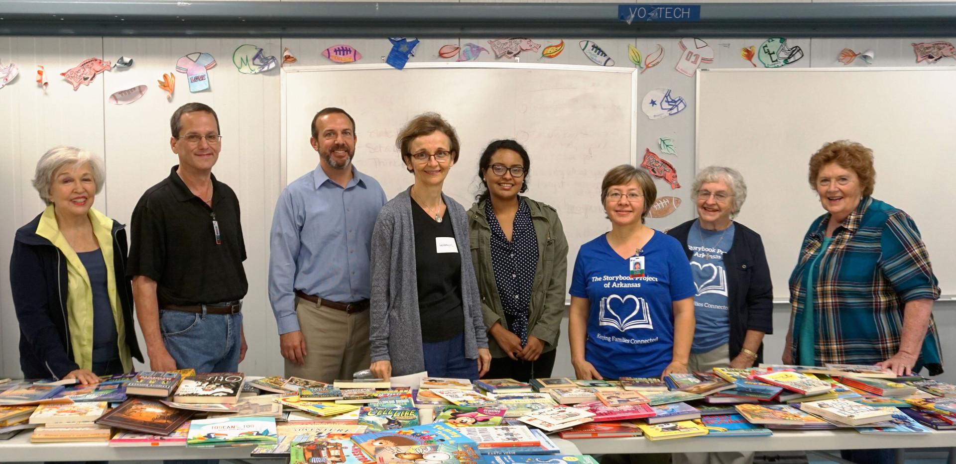 volunteer group pic Hawkins women Oct 20