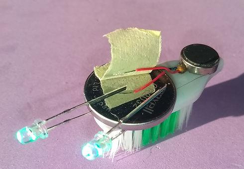 Robot%20Toothbrush_edited.jpg