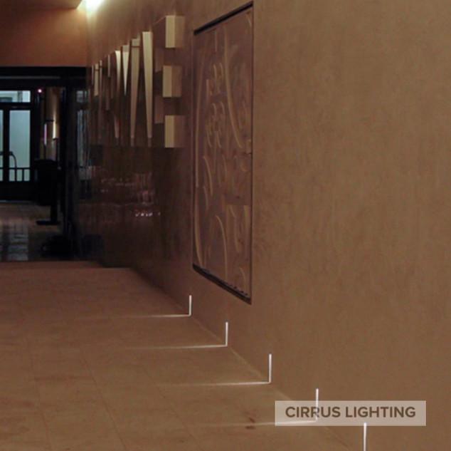 Raggio Wall Light