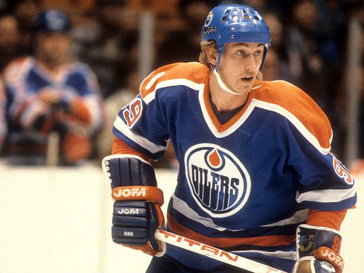 Wayne Gretzky rookie card sells for $3.75 million, shatters record for hockey card