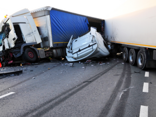 FIVE DIFFERENCES BETWEEN TRUCK AND CAR ACCIDENTS