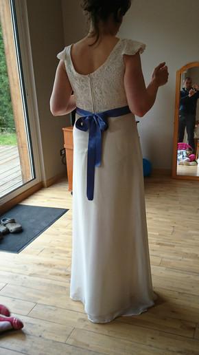 Robe de mariée empire soie et guipure