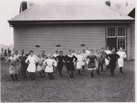 1920's Girls at STS.jpg