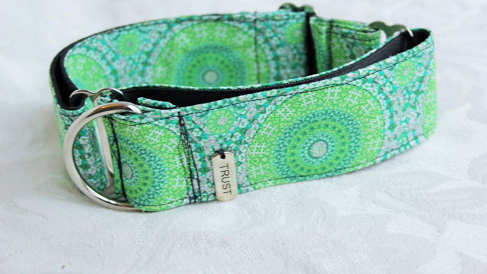 """Trust""1.5 inch Martingale collar Medium (Borzoi size)"