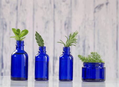 8 huiles essentielles à avoir à la maison