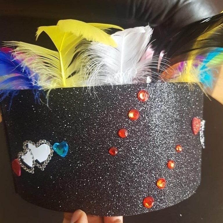 Make your own carnival head dress
