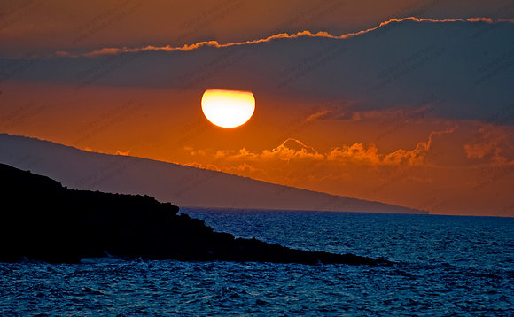 """Makena Point Blue Sunset"" MetalPrint"
