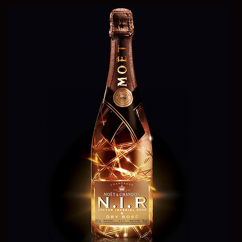 Moët & Chandon N.I.R. Nectar Impérial Rosé with LED Light - 750ml