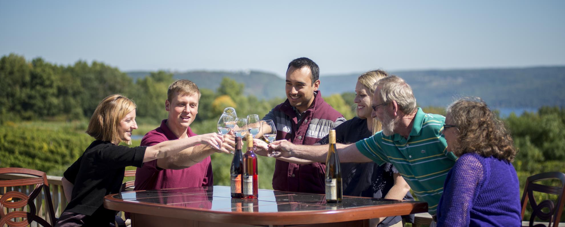 hammondsport_wineries_dr_frank_s_courtes