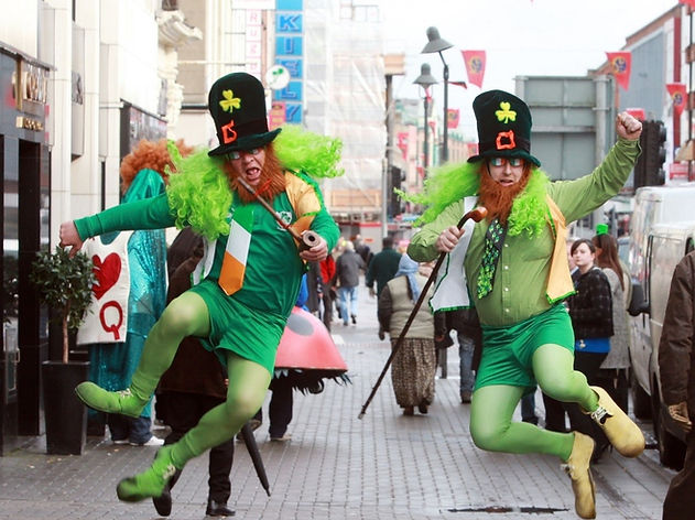 leprechauns-jumping.jpg