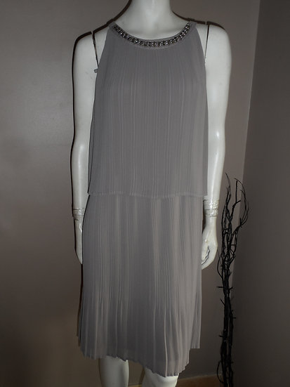 Robe Armand Thierry T40