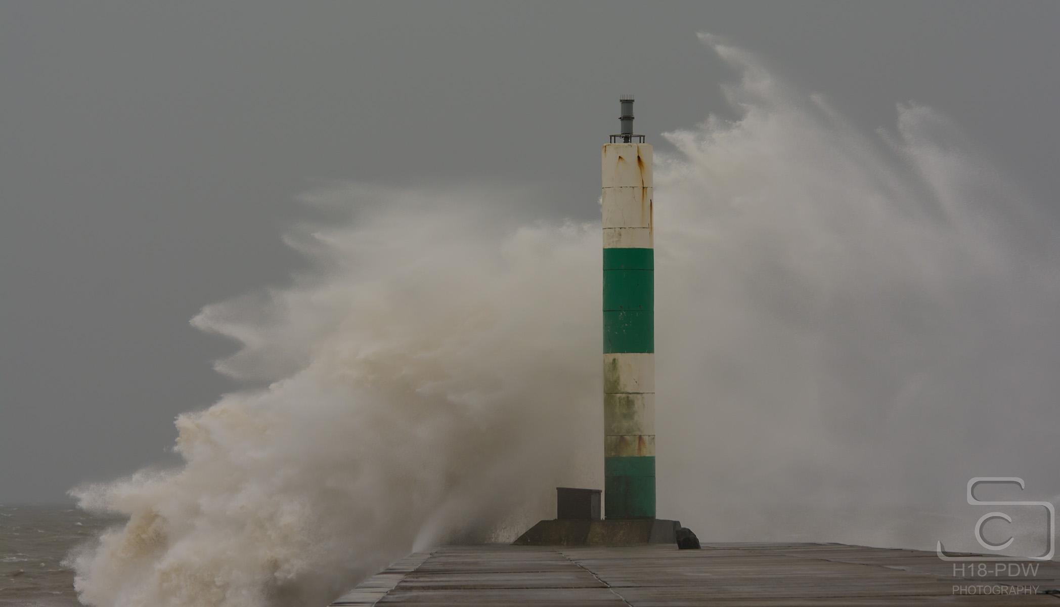 Waves Aberystwyth Jetty