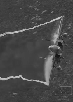 F15 Ribbons/Fluff Mach Loop
