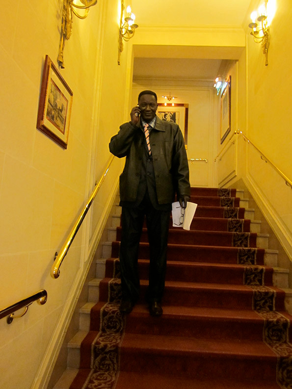 Voici_Mamadou_Kani_Mbeye_Celui_qui_a_modernisé_et_indisturalisé_son_village_Natal_par_ses_propres_moyens.jpg