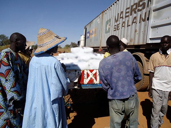 le systeme transport traditionnel villageois 4.jpg
