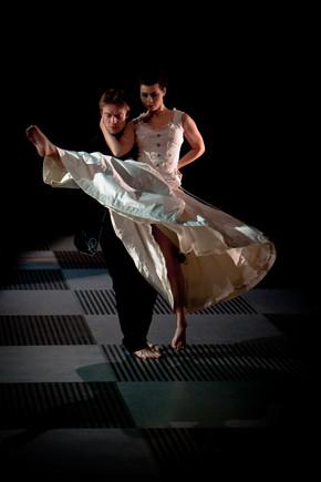 Gyulai Várszínház-Forte Társulat - Sakk-játék (Nemzeti Táncszínház, 2011)