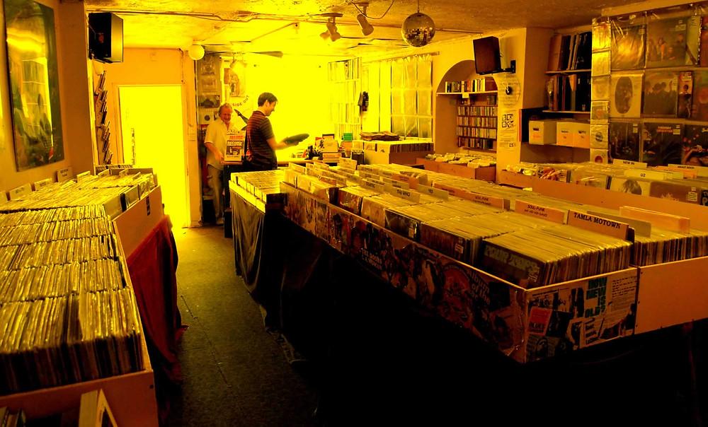 Vinyl Vault - Phil in action!