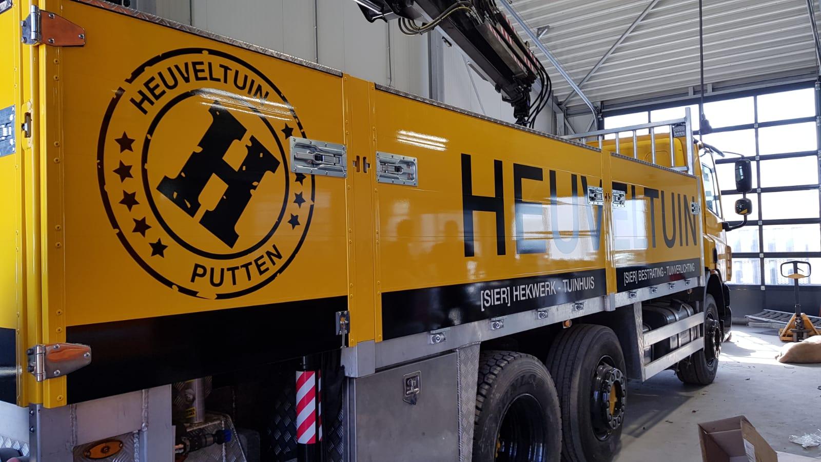 Vrachtwagen Heuveltuin