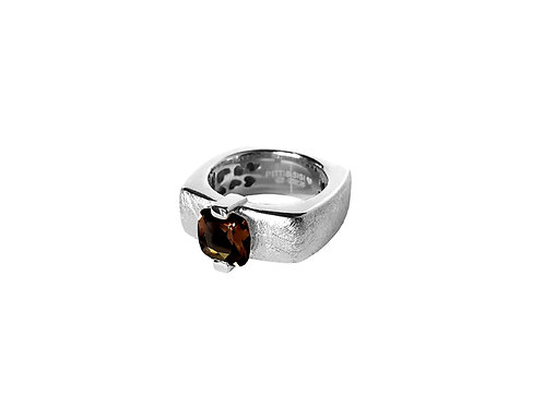 AN8593B-Q-FU-Rhodium & Smoky Quartz  8mm  Sqrd-Band Ring