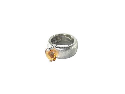 AN8582B-Q-CO-Rhodium & Cognac Quartz  10mm  Rnd-Band Ring
