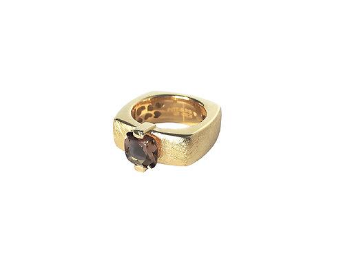 AN8593G-Q-FU-Gold & Smoky Quartz  8mm  Sqrd-Band Ring
