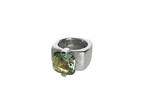 AN8591B-Q-VE-Rhodium & Green Quartz 12mm  Sqrd-Band Ring