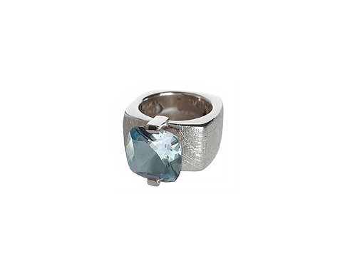 AN8591B-Topaz-Rhodium & Nat/Blu Topaz 12mm  Sqrd-Band Ring