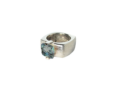 AN8592B-Topaz-Rhodium & Nat/Blu Topaz 10mm  Sqrd-Band Ring