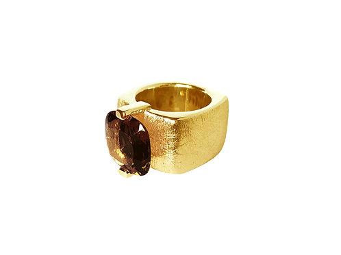 AN8590G-Q-FU-Gold & Smoky Quartz 14mm  Sqrd-Band Ring