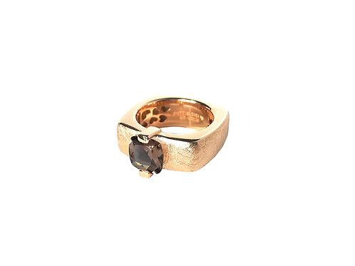 AN8593R-Q-FU-Golden Rose & Smoky Quartz  8mm  Sqrd-Band Ring