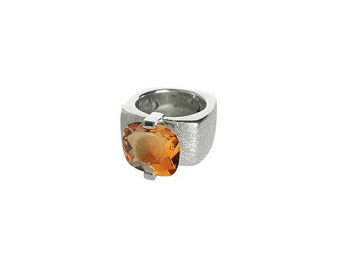 AN8591B-Q-CO-Rhodium & Cognac Quartz 12mm  Sqrd-Band Ring