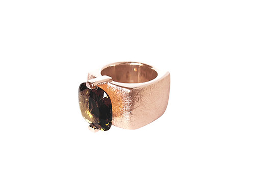 AN8590R-Q-FU-Golden Rose & Smoky Quartz 14mm  Sqrd-Band Ring