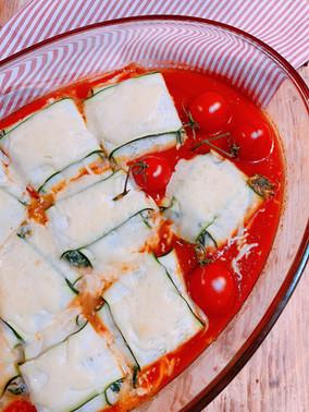 Saquitos de calabacín y espinacas rellenos de queso ricotta y nueces