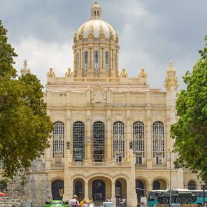 Museo de la Revolución Cubana en La Habana ¡Debes visitarlo!