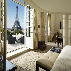 5 Hoteles con vistas a la Torre Eiffel ¡Date un capricho!