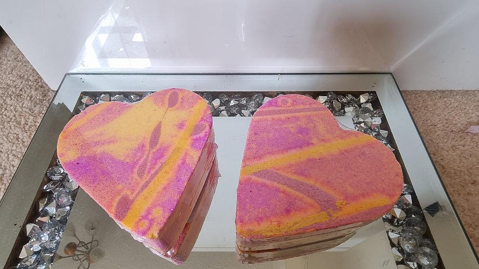 Rhubarb & custard bath bomb heart