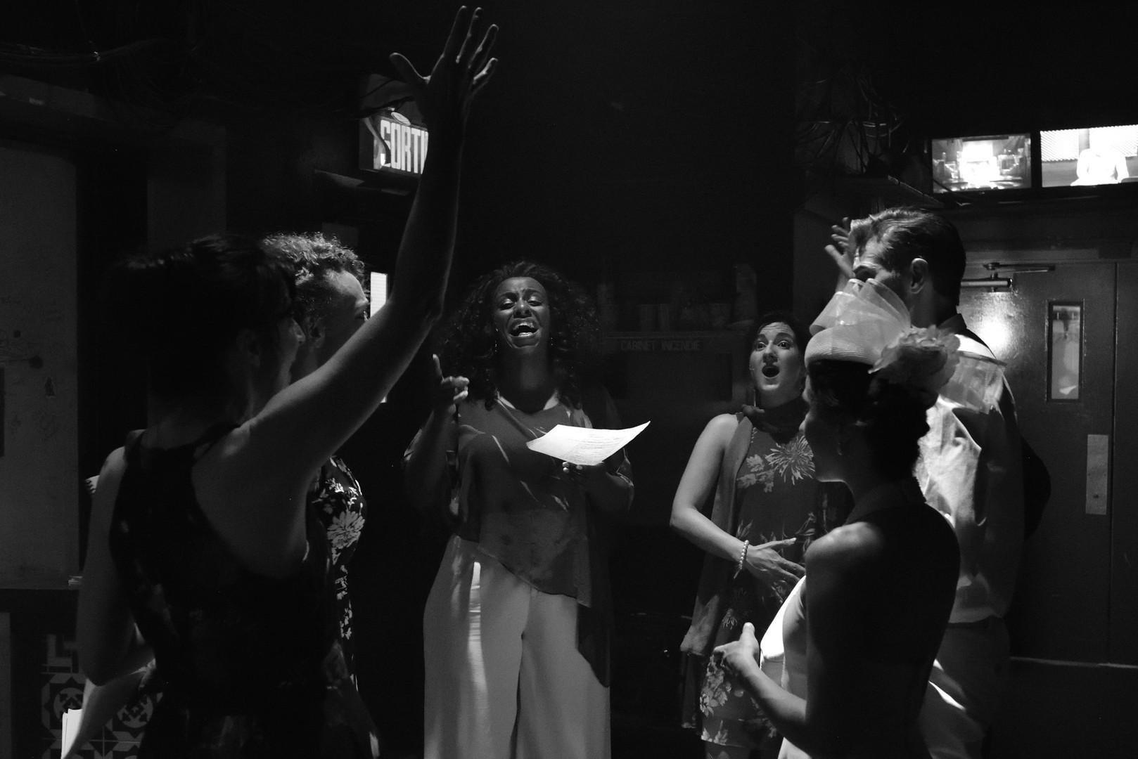 Estelle Esse, Valérie Le Maire, Sharon James, Natalie Byrns, Éloi Archambaudoin, Laurie Blanchette © René Lavoie
