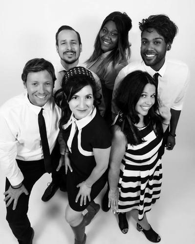 Derrière : Dominic Dagenais, Mélissa Bédard, Mike Lee Devant : Francis Gallant, Natalie Byrns, Audrey Gagnon © Ian Lee