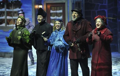 David Leblanc (derrière), Karine Riverin, Marc-André Fortin, Caroline Riverin, Sylvain Doré, Natalie Byrns © Le Soleil