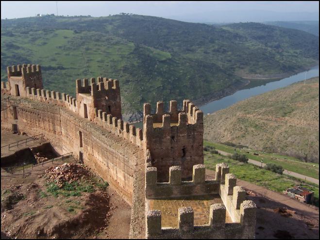 Vista desde la muralla de Burgalimar