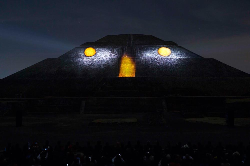 Teotihuacán - El sol y la luna