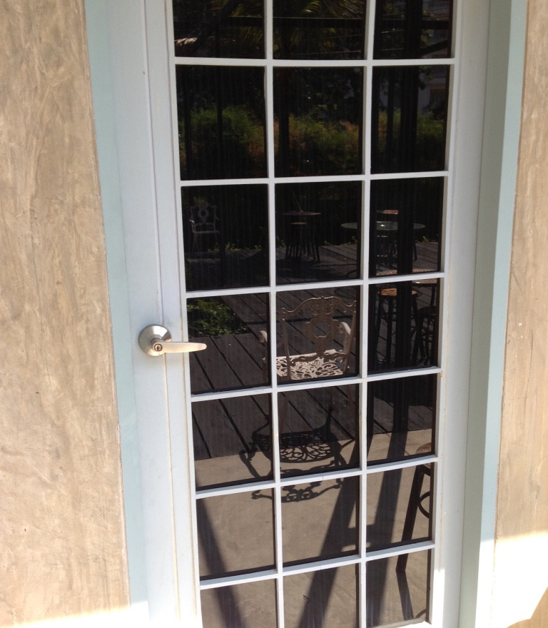 Superior / Budget : Anti Copy Door Room