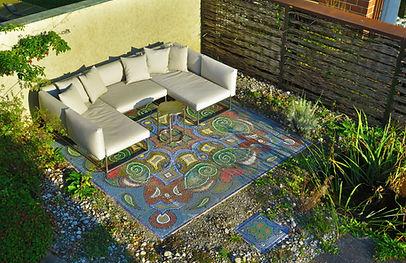Sitzplatz aus Perlenmosaik