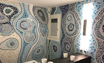 Mosaik-Toilette