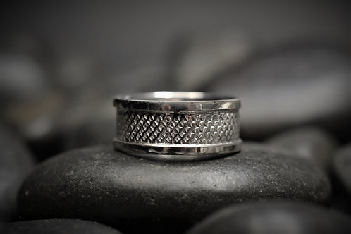 Houndstooth Textured Band in Sterling Silver