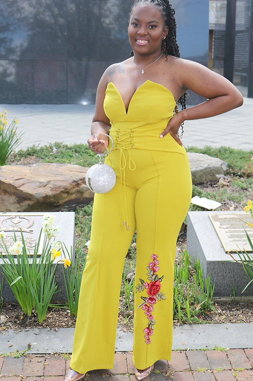 OFF SHOULDER HEART SHAPE TUBE TOP JUMPSUIT WITH FLOWER PATCH