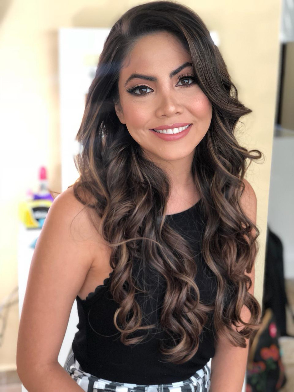 10 Hair Down Hairstyles for Wedding Day